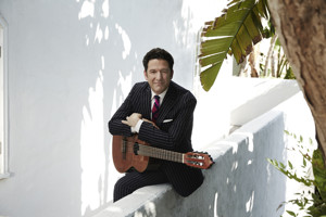 Revered Guitarist/vocalist John Pizzarelli Returns To Café Carlyle