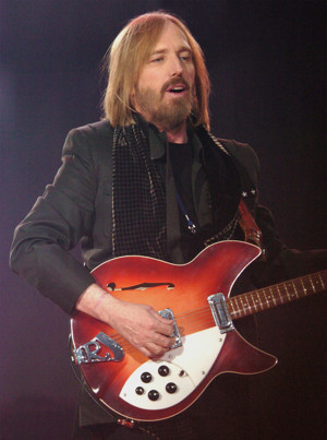 Three-Time Grammy Winner Tom Petty to Be Honored as 2017 MusiCares Person of the Year