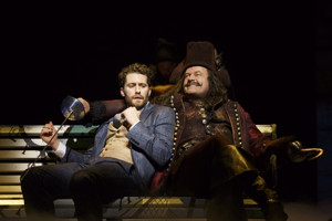 Hook Sails to London? Kelsey Grammer in Talks to Join Alfie Boe in West End's FINDING NEVERLAND