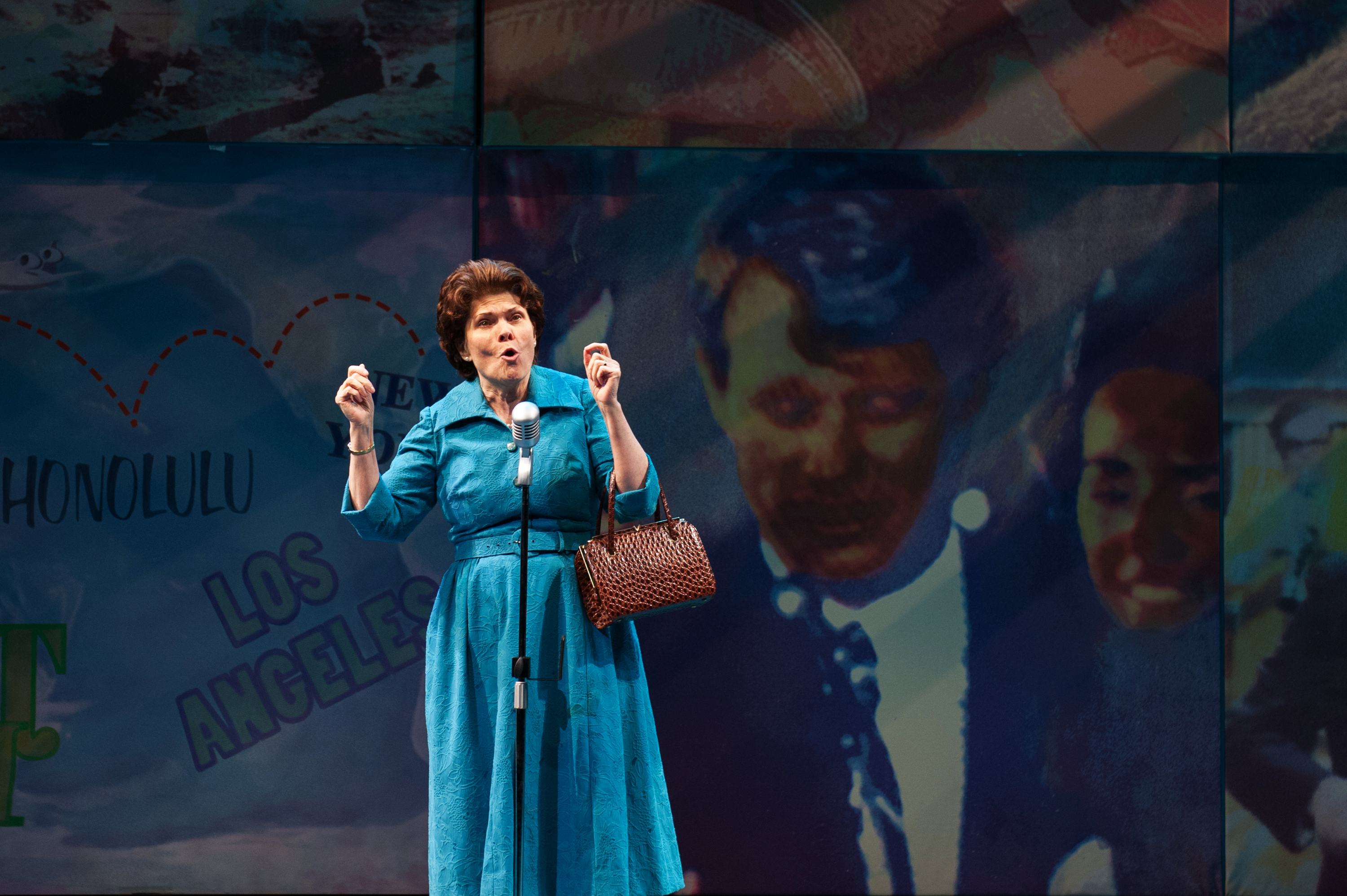 BWW Review: MRS. MILLER DOES HER THING at Signature Theatre