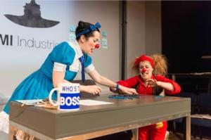 BWW Review: MORRO AND JASP 9-5 is Charmingly Entertaining!