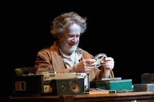 BWW Review: BECKETT5 Shares the Playwright's Bleak Absurdist Style in Five Short Plays