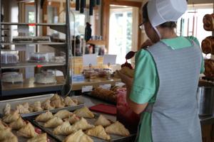 Iconic Ohio Amish Shop Turns 40