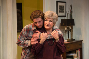 BWW Review: 4000 MILES at Shakespeare & Company: Definitely Worth the Trip