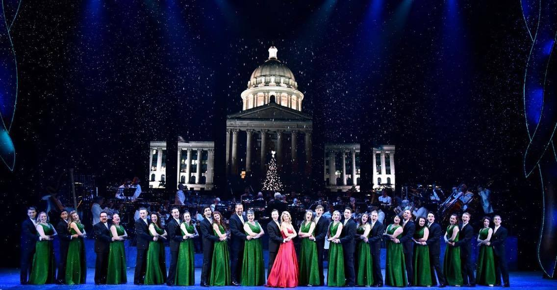 BWW Review: Kelli O'Hara's Versatility Shines In OKC Philharmonic's THE CHRISTMAS SHOW