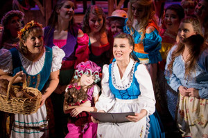 BWW Review: BEAUTY AND THE BEAST Enchants at Playhouse Merced