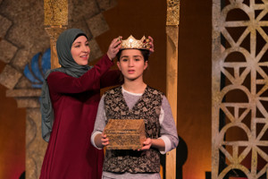 BWW Review:  THE BOX OF STORIES at The Growing Stage Captivates