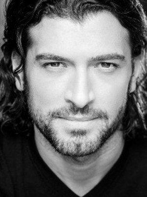 Tam Mutu Signs on for Broadway-Bound SECRET GARDEN at 5th Avenue Theatre
