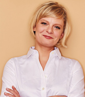 Tony Nominee Martha Plimpton Will Be Feted at PFLAG's 2017 Straight for Equality Awards Gala