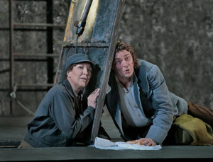 BWW Review: An Off-Night in Seville with an Unexciting FIDELIO at the Met