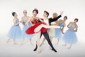 BWW Review: LES BALLETS TROCKADERO DE MONTE CARLO at the Kennedy Center