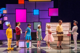 BWW Review: The WORLD ACCORDING TO SNOOPY Is a True Regal for the Beagle