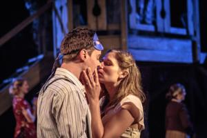 BWW Reviews: Door Shakespeare's Sensual ROMEO AND JULIET Revisits 1920's