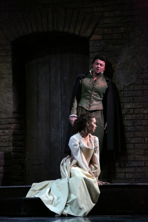 BWW Interview: In Met's IDOMENEO, Soprano Nadine Sierra Flies High