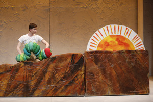 THE VERY HUNGRY CATERPILLAR SHOW Celebrates 100th Performance This Weekend