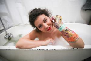 VIDEO: Solo Actor/Playwright Siobhan O'Loughlin Wants To Borrow Your Bathtub