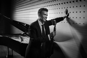 BWW Interview: Brian Stokes Mitchell's Broadway Christmas at SF Symphony