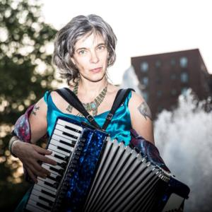 BWW Review: Rachelle Garniez and Carol Lipnik Display Their Mystical, Musical Powers at Joe's Pub