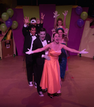 BWW Review: ZOMBIE PROM A MUSICAL at Unexpected Stage Company