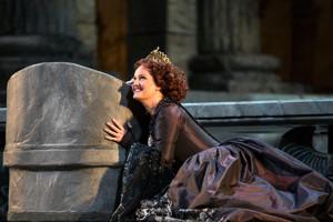 BWW Opera Showstopper: With One Aria, Elza van den Heever Steals the Met's IDOMENEO