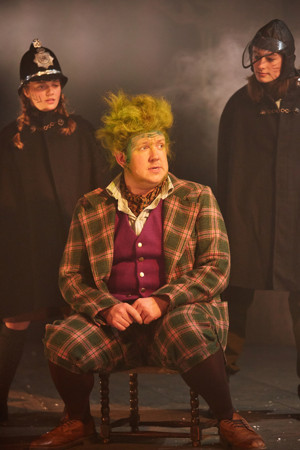 BWW Review: THE WIND IN THE WILLOWS, Rose Theatre