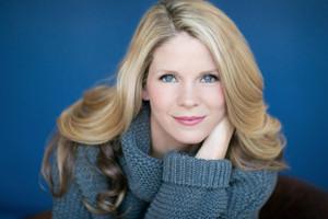 Tony Winner Kelli O'Hara to Host Autism Speaks Benefit; Julia Murney, Erin Davie, Emily Padgett & More Will Perform