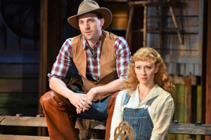 BWW Review: RODGERS AND HAMMERSTEIN'S OKLAHOMA!