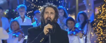 VIDEO: Josh Groban Performs 'Have Yourself A Merry Little Christmas' on NBC