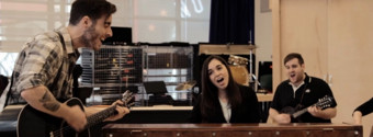 BWW TV: ONCE Gets Ready to Hit the Road Again! Fall Slowly In Rehearsal with the Cast