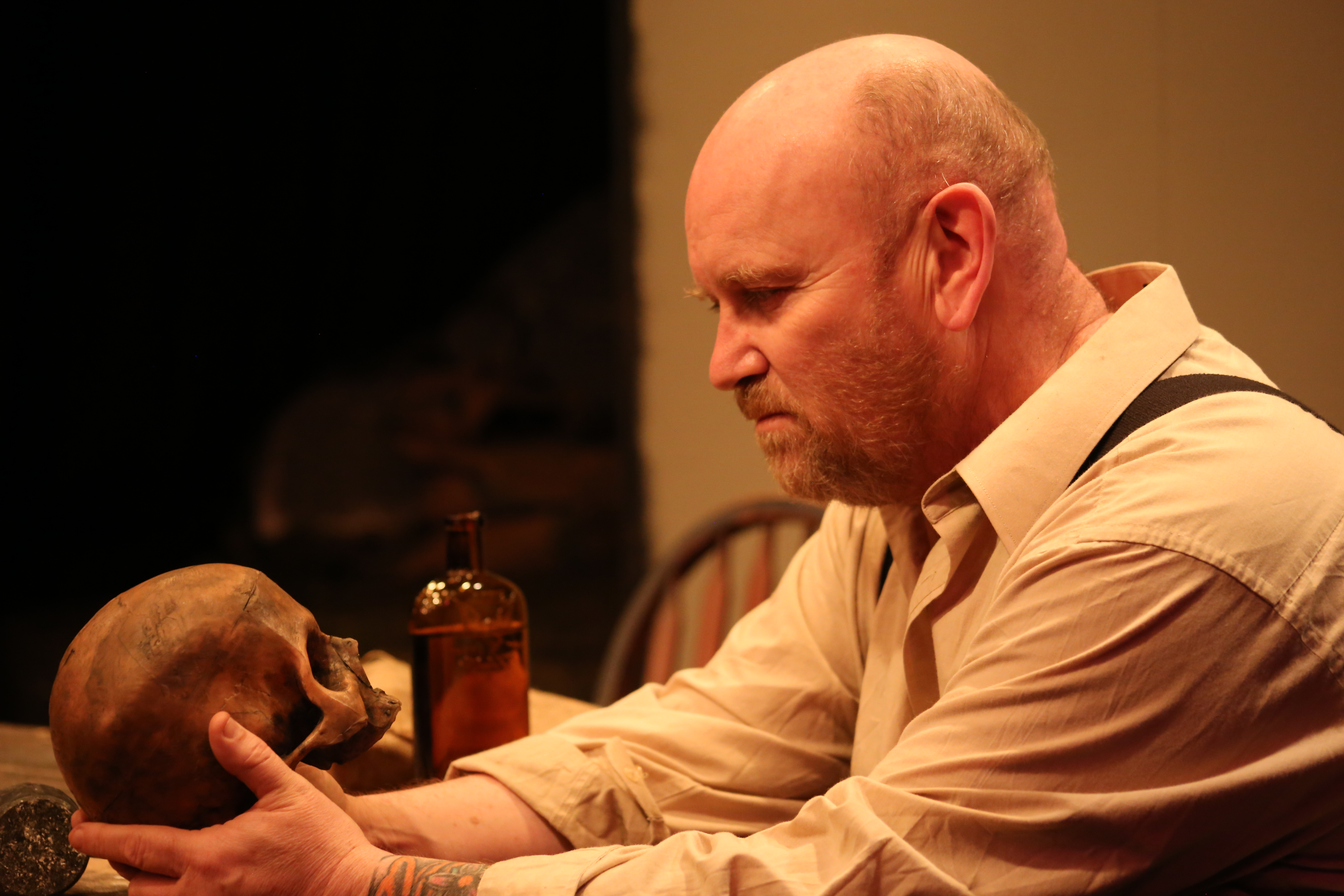 BWW Review: A Tale of Disinterring Bodies Makes For Wild Night of Irish Black Comedy at none too fragile