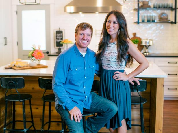 Hgtv to premiere season 3 of hit series fixer upper 12 1