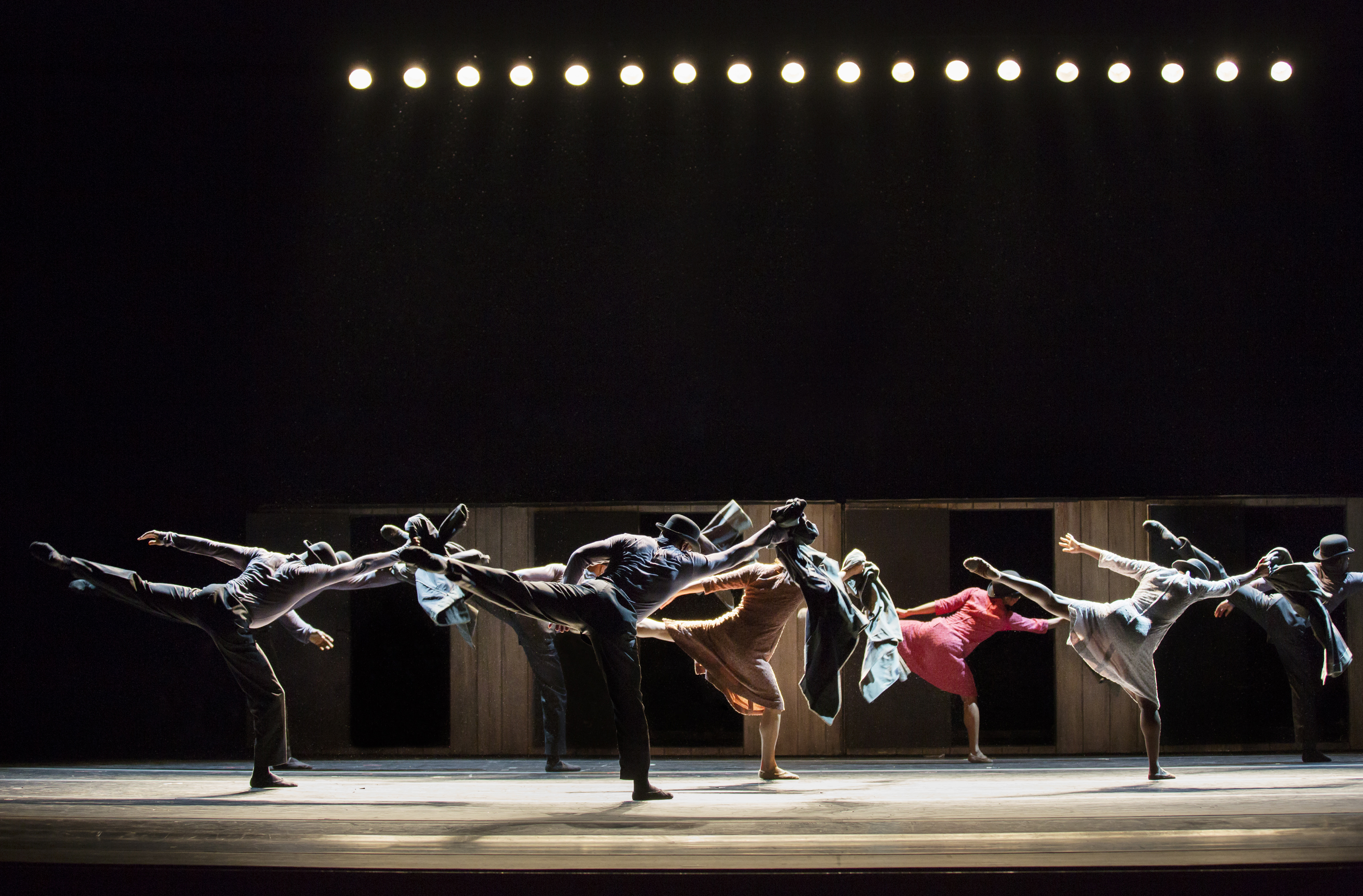 BWW Review: ALVIN AILEY AMERICAN DANCE THEATER at The John F. Kennedy Center For The Performing Arts