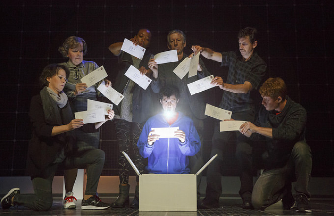 BWW Review: THE CURIOUS INCIDENT OF THE DOG IN THE NIGHT-TIME at Denver Center For The Performing Arts