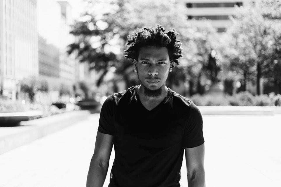 BWW Interview: Chicago Native Artis Olds Returns to Stomping Ground for Limited Engagement of STOMP
