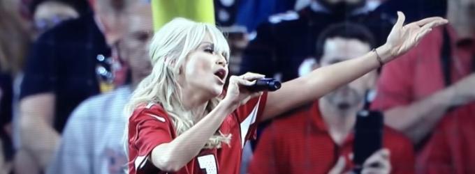 VIDEO: HAIRSPRAY LIVE's Kristin Chenoweth Performs National Anthem on NBC's 'Sunday Night Football'