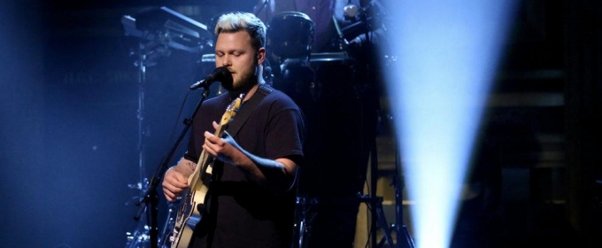 VIDEO: British Rock Band alt-J Performs 'In Cold Blood' on TONIGHT SHOW