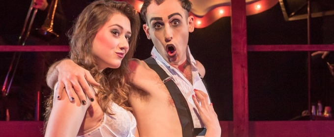 BWW Review: Applause, But No Standing Ovation for CABARET at Blank Canvas - But Big Time Accolades of Alan Cumming in Concert