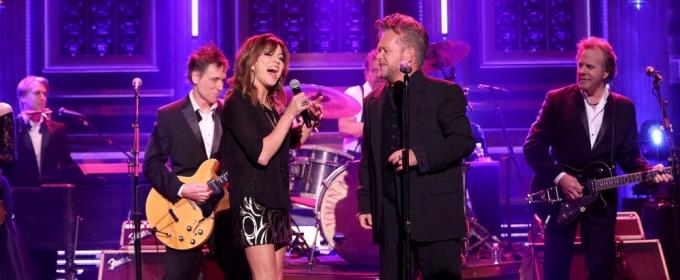 VIDEO: John Mellencamp Performs 'Grandview' ft. Martina McBride on TONIGHT