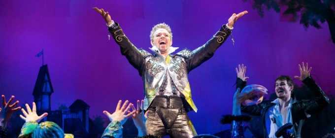 BWW Review: SOMETHING ROTTEN! at the Hippodrome - An Homage to Musical Theatre