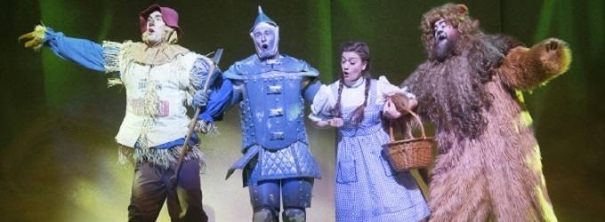 BWW Reviews: Fulton's WIZARD OF OZ Brings Lions and Tigers and Even a Circus to the Classic Musical
