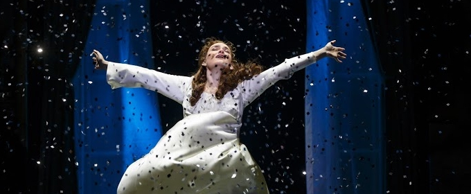 BWW Review: FINDING NEVERLAND Sprinkles Fairy Magic at Saenger