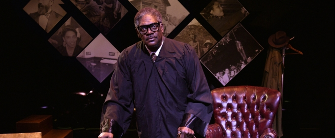 BWW Review: Johnny Lee Davenport Measures Up in THURGOOD