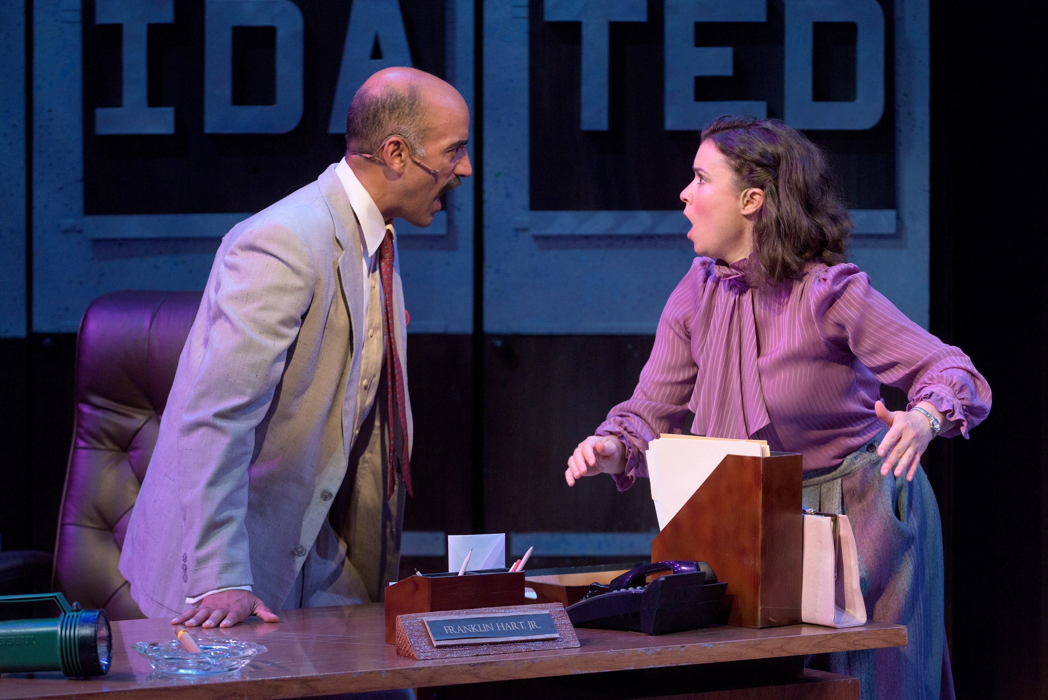 "BWW Review: Slight ""9 to 5"" pleases sold-out Porthouse audience"