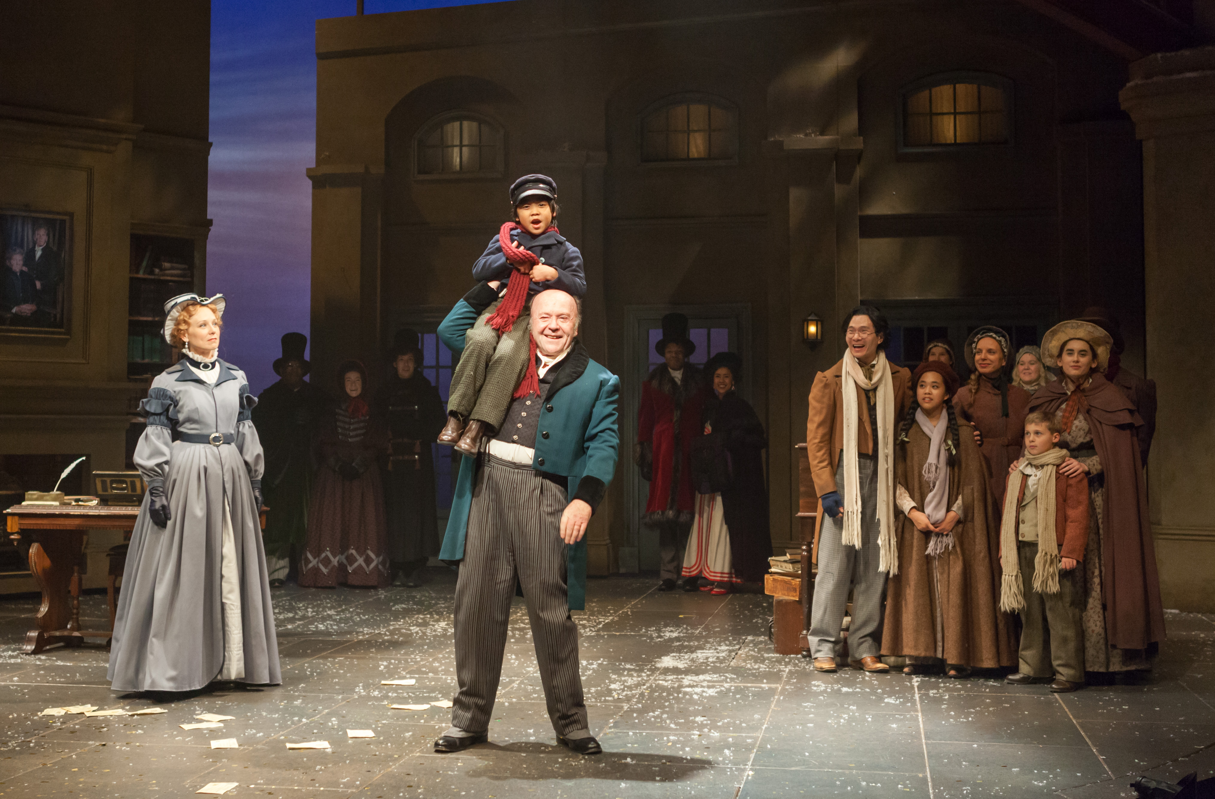 BWW Review: Fifth Third Bank's A CHRISTMAS CAROL at Actors Theatre Of Louisville
