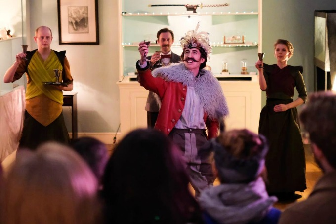 BWW Review: HT DARLING'S INCREDIBLE MUSAEUM at Submersive Productions Explores Life on Another Planet