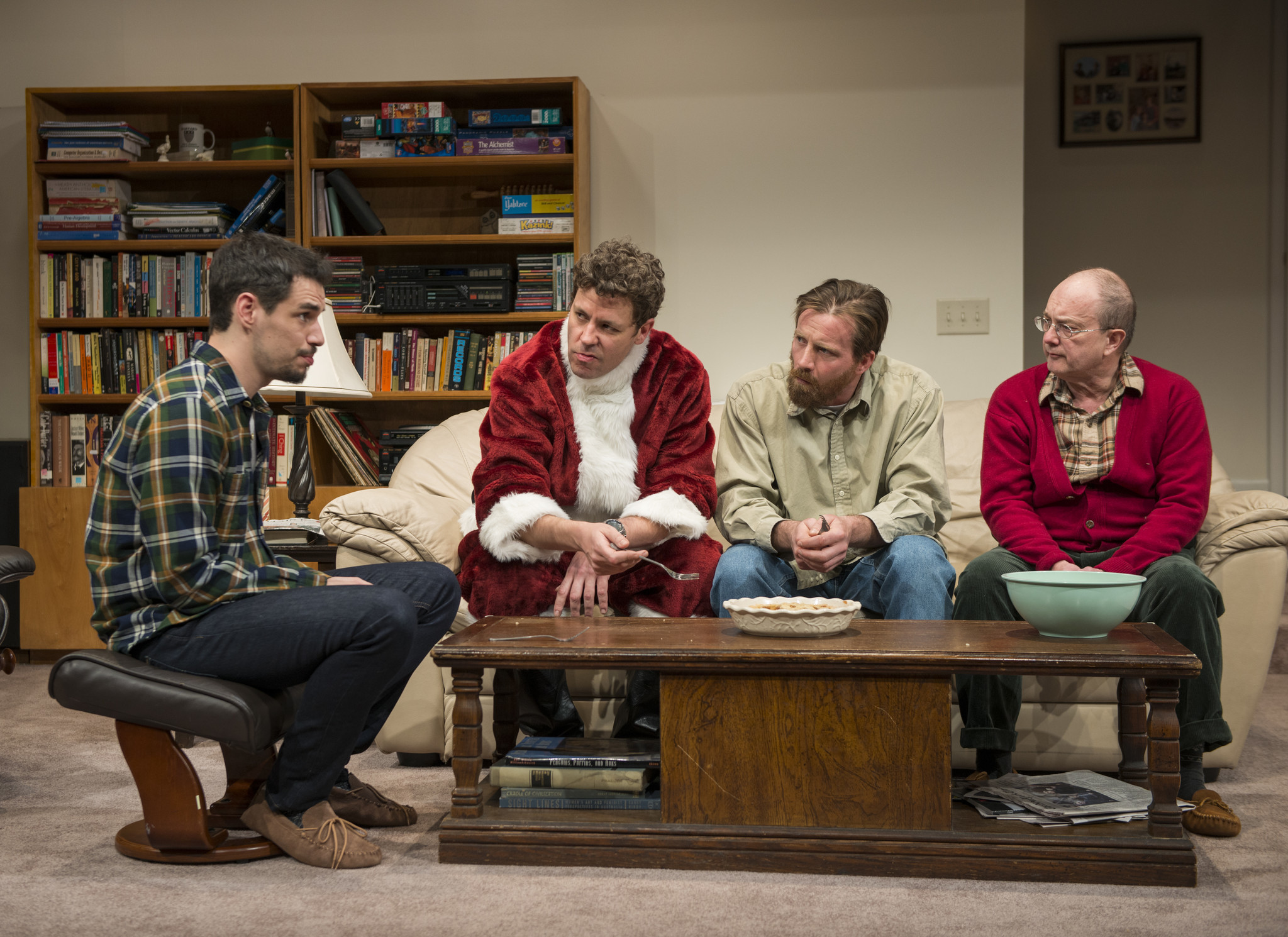 BWW Review: Steppenwolf's STRAIGHT WHITE MEN Examine Their Role in Society