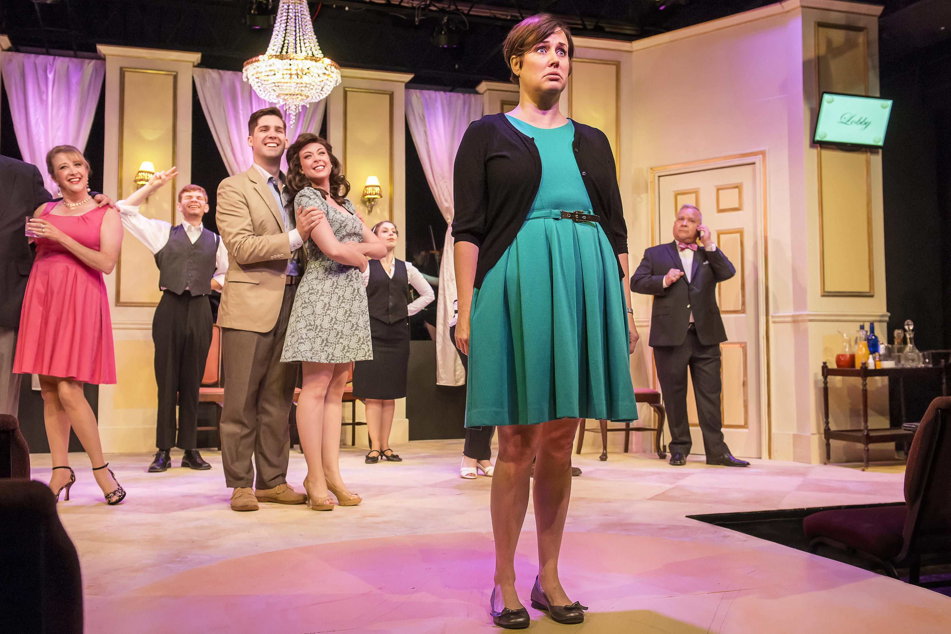 BWW Review: IT SHOULDA BEEN YOU at Richmond Triangle Players, a Feel-Good Wedding With a Twist