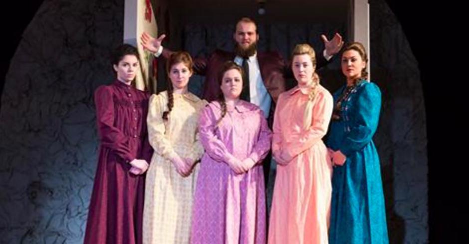 BWW Review: DARK SISTERS at Oklahoma City University Introduces Contemporary, Progressive Opera to the Heartland