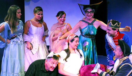 BWW Review: CINDERELLA, CINDERELLA at Hudson Theater Ensemble - Silly On Sixth