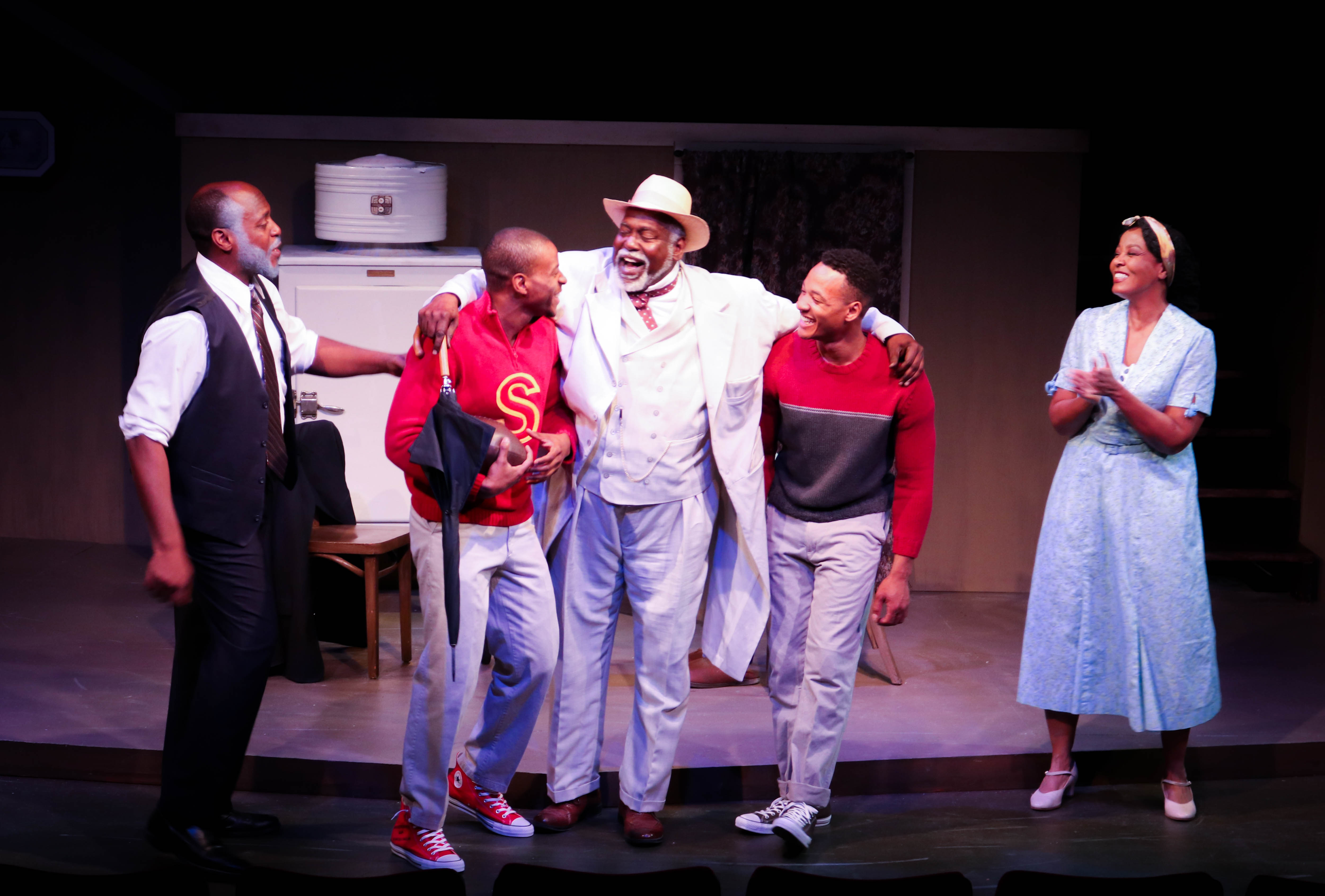 BWW Review: DEATH OF A SALESMAN is Unapologetic and Unafraid at Austin Playhouse